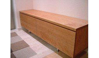 収納型のベンチを設置する