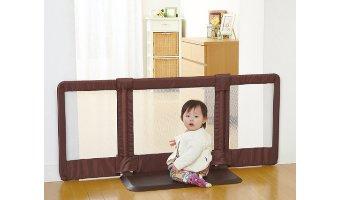 赤ちゃんがいる家庭はベビーゲートを必ず設置すべし!